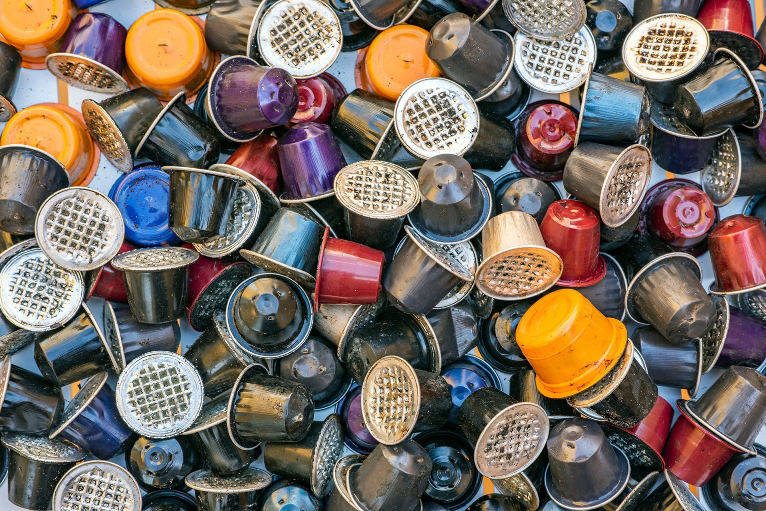 Bio-recycled - Recycled coffee from coffee machines and capsules.