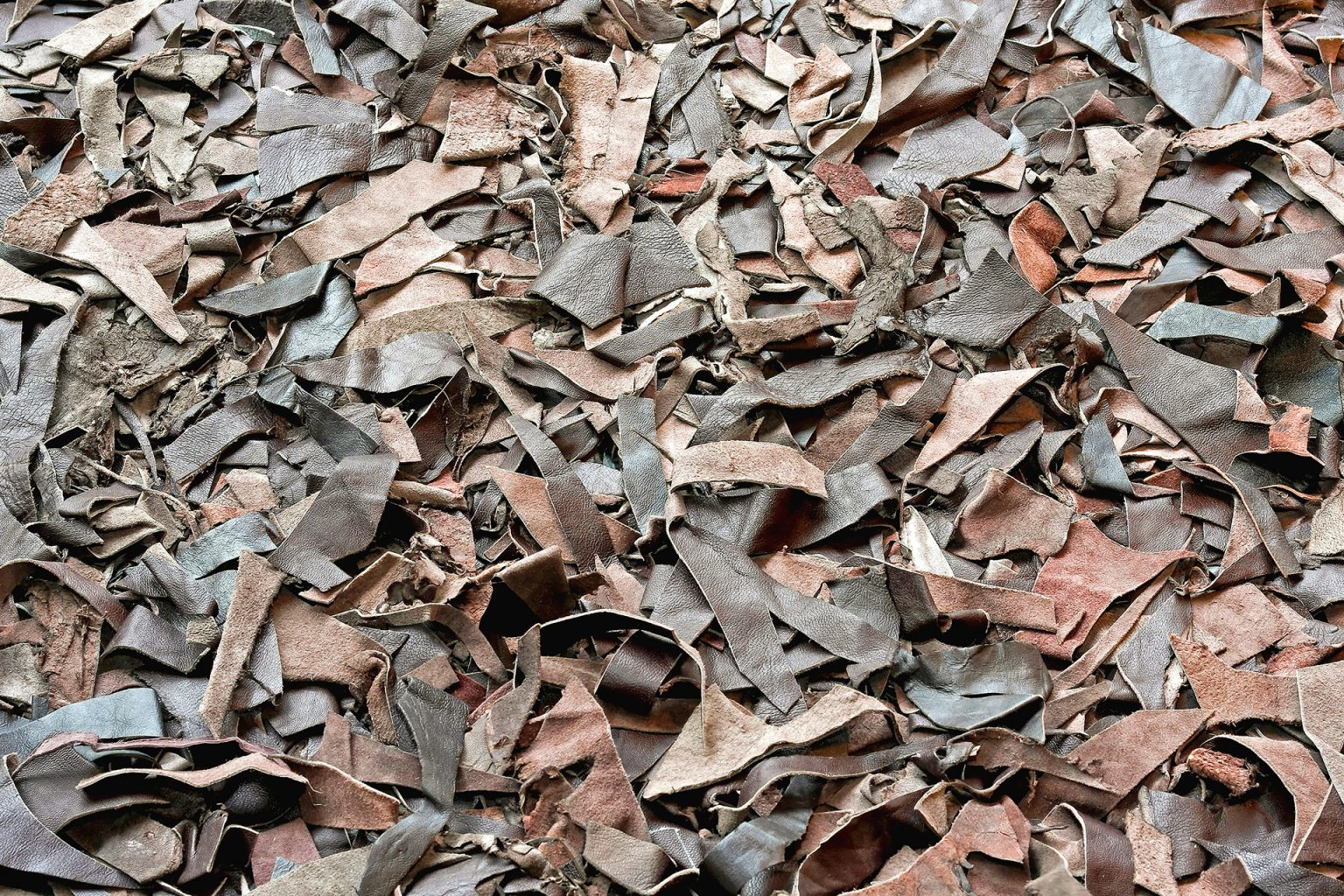 Bio-recycled - Remains of leather production.